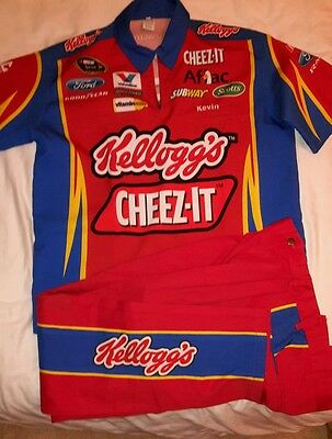 Carl Edwards Sprint Cup Series - Cheez-It pit crew shirt/trousers combo