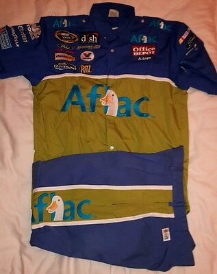 Carl Edwards Sprint Cup Series - Aflac pit crew shirt/trousers combo