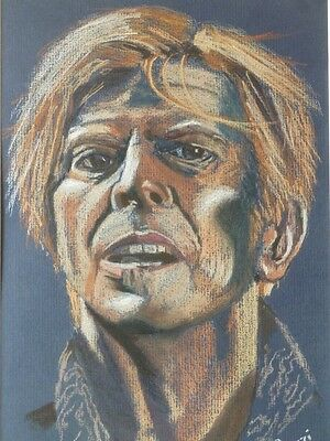 Original Artwork, pastel picture / painting of 'David Bowie' by Rozzi.(framed)
