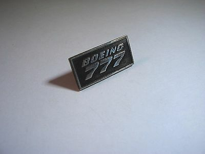 Collectible Pin: Boeing 777