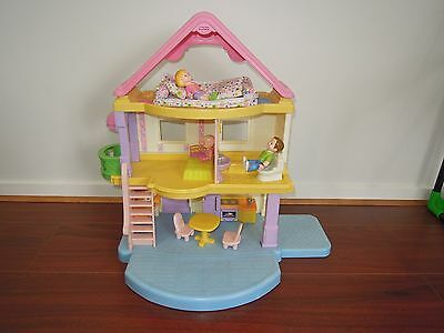Fisher Price Little People My first dollhouse doll house Present Gift USED VIC