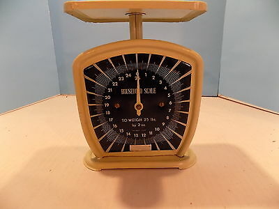 Vintage Household Scale Made in Japan with Button Adjuster