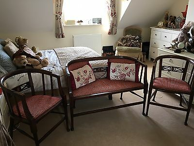 Edwardian 3 Piece Salon Suite Bedroom Or Lounge. Sofa & Chairs.