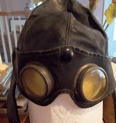 Antique Brown Leather Motorcycle Helmet w/Goggles