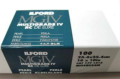 "Ilford Multigrade IV RC 10"" x 10"" 100 sheets Black & White, Pearl Paper"