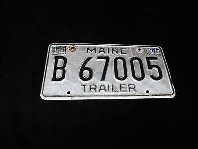 1986 STATE OF MAINE TRAILER License Plates B-67005