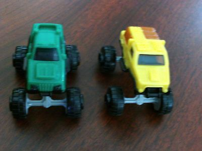 Kinder Surprise Hotwheels 2 cars toy SDB28