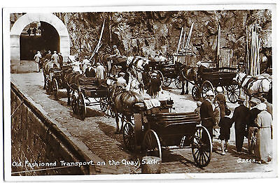 Vintage Postcard.RP.Old Fashioned Transport on the Quay, SARK. Unused. Ref:71292