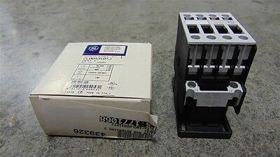 NEW General Electric CL00A310T Contactor 0.5-7.5 HP 110-120V Coil