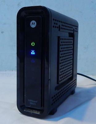 Motorola SurfBoard SB6121 Cable Internet Modem with power adapter