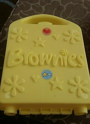 Brownies Yellow Promise Box Case With Adventure Book