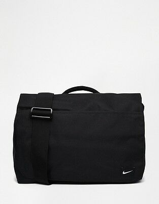 NIKE FUNDAMENTALS MESSENGER BAG - New With Tags