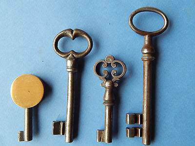 lot 4 antique French keys ,lock ,doors ,furniture ,cabinet ,skeleton ,castle #B