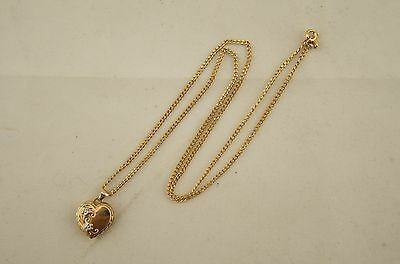 Hallmarked solid 9ct 375 yellow gold heart floral locket pendant and chain