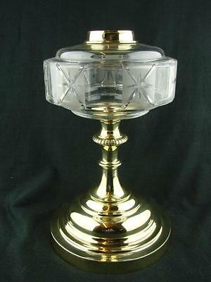 STUNNING EVERED & Co Ltd OIL LAMP, WIDE BRASS BASE WITH CUT & ETCHED GLASS FONT