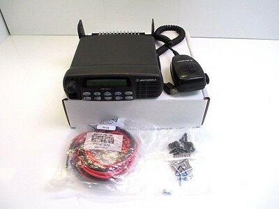 MOTOROLA CDM1550-LS + VHF 160 CH 45W 136-174 MHz WITH ACCESSSORIES USED