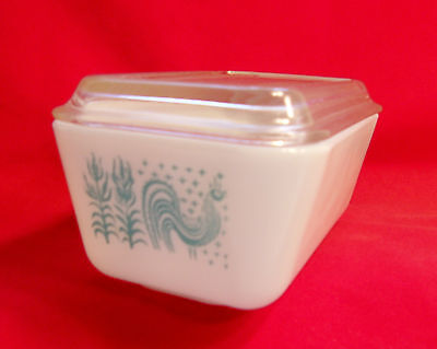 Vintage PYREX Refrigerator Storage Container Amish Butterprint 1-1/2 Pt #0502