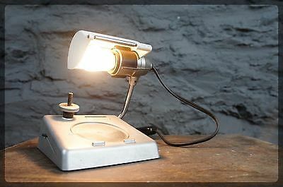 Small Modelling Swiss Philately Stamp Viewer Lamp - Unique Light - Philatell