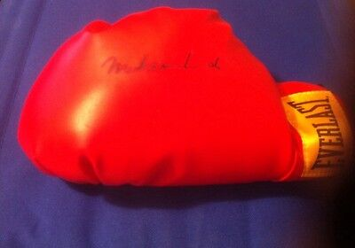 Muhammad Ali Great Boxer Autographed Everlast Boxing Glove 2003