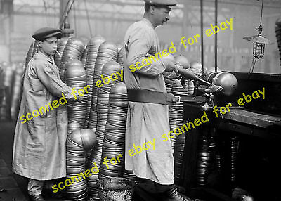WW1 photo - French Army manufacture of helmets, 1916