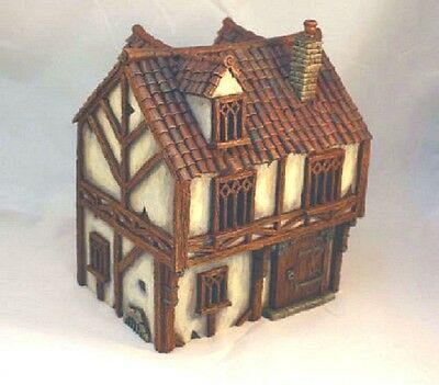 Stunning Hand Crafted House ! 28mm Fine Detailed. MORDHEIM / WARHAMMER / AD&D