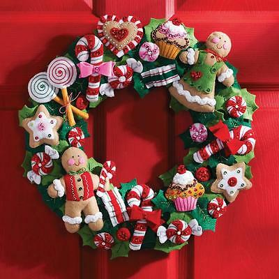 "Cookies & Candy Wreath Christmas Advent Felt Applique Kit 15"" Bucilla NEW 86264"