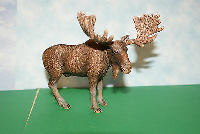 Brown Bull Moose in Standing Position by Schleich Figure  2009