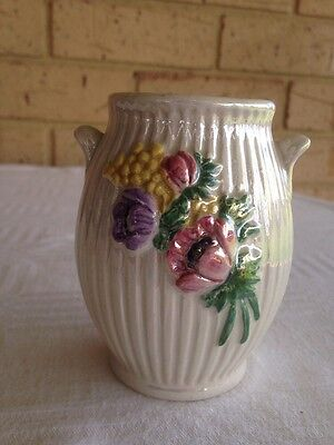 MALING LUSTER RIBBED VASE~ Newcastle On Tyne~ England~