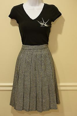 Vintage black & white hounds tooth STEPHANIE ANDREWS pleated skirt size 6