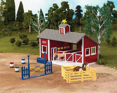 NEW! Breyer Stablemates Red Stable Set with Two Horses