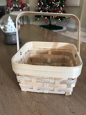 "Small Oval Shooed Basket With Handle - Wide Weave Size 6"" Inches Square"