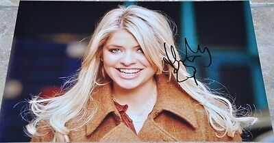 """Holly Willoughby Signed 12"""" x 8"""" Colour Photo Surprise Surprise This Morning"""