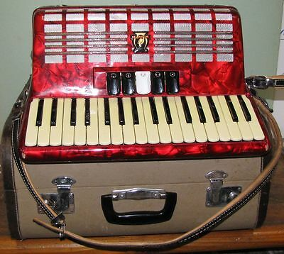 Parrot Piano Accordion
