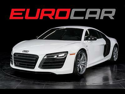 2014 Audi R8 Plus Coupe 2-Door 2014 Audi R8 5.2, CERAMIC BRAKES, CARBON BLADES, ONLY 700 MILES!!