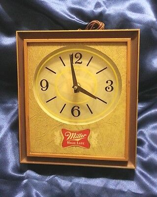 Vintage Miller High Life Beer Sign Light Up Clock Great For Man Cave