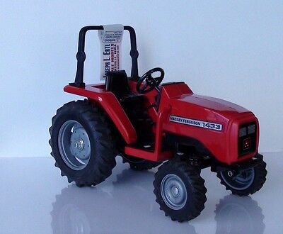 Massey Ferguson 1433 Series Tractor Scale 1/16 Diecast Special Collectable New