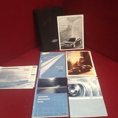 2007 Ford Fusion Owners Manual with maintenance and warranty guide and case