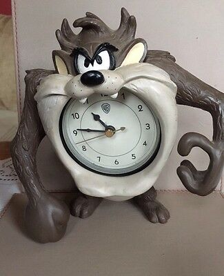 Rare Warner Brothers Looney Tunes Taz Clock