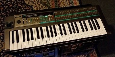 Korg Poly-800 Polyphonic Vintage Analogue Synthesiser Excellent Condition