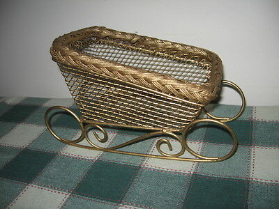"""Brass Colored Metal Wire Mesh Sleigh Christmas Tabletop Decor 10"""" Sled Basket"""