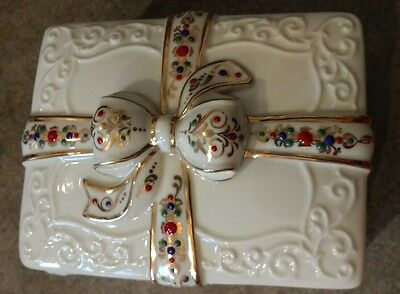 Lenox China Music Box with Ribbon and Bow Nutcracker Waltz of the Flowers