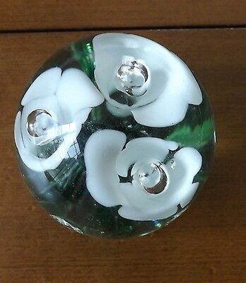 Beautiful Floral Glass Paperweight - Lovely White Flowers - Great Condition