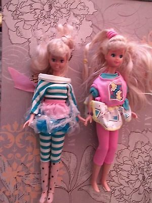 Nude 90's Skipper dolls with outfits lot of 2