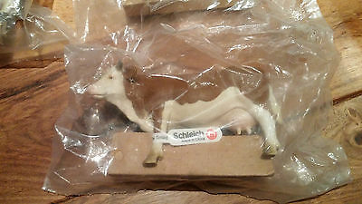 New Schleich 13134 Cow Standing