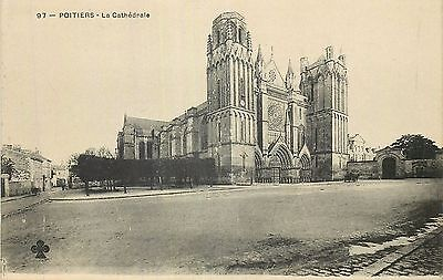 86 Poitiers Cathedrale