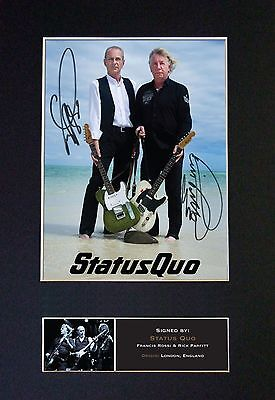 STATUS QUO MEMORABILIA - Collectors Signed Photo + FREE WORLDWIDE SHIPPING