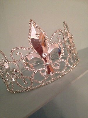 10 Cms Tall Silver Coloured King Crown . Stage Prop . Rhinestone ! Large Crown