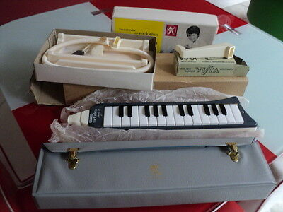 Vintage Hohner Melodica Piano 26 With Table Stand Mouth Piece Never Been Used