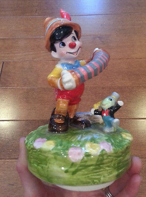 """VHTF Disney's Pinocchio """"When You Wish Upon A Star"""" Music Box by Schmid RARE!"""