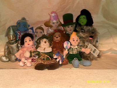 A Brand New Lot Of #11 Wizard Of Oz Stuffed Dolls,by Warner Brother's 1999